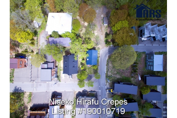 Aerial Plan view of property showing its corner location in middle Niseko Hirafu Village.